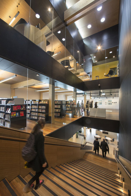 Docklands Library, architecture
